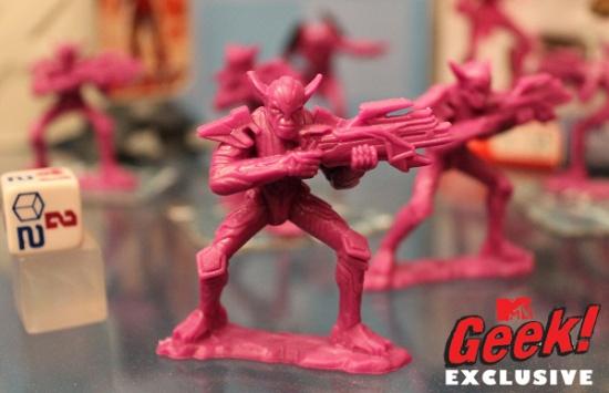 Juguetes Vengadores Redacted Skrulls 3