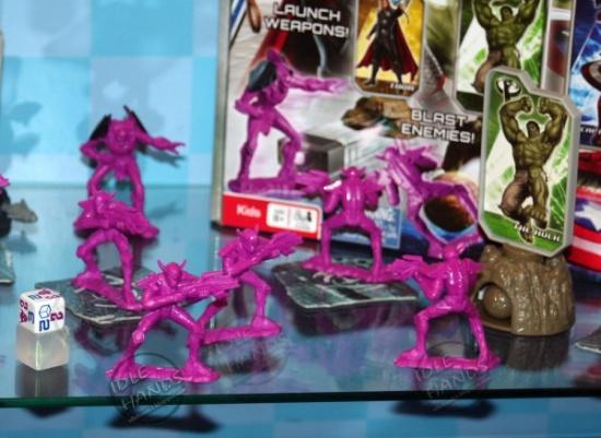 Juguetes Vengadores Redacted Skrulls