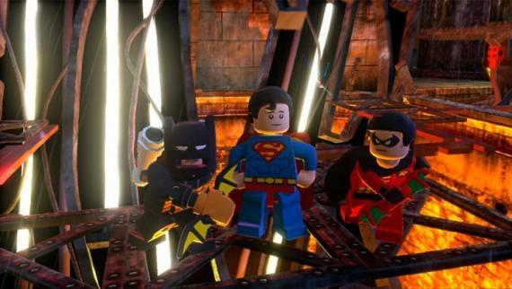 Lego-Batman-2-DC-Super-Heroes-2