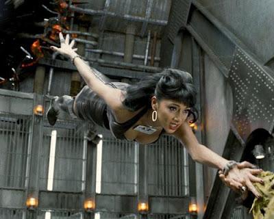 Nicole Scherzinger-y-Lili Poison-2