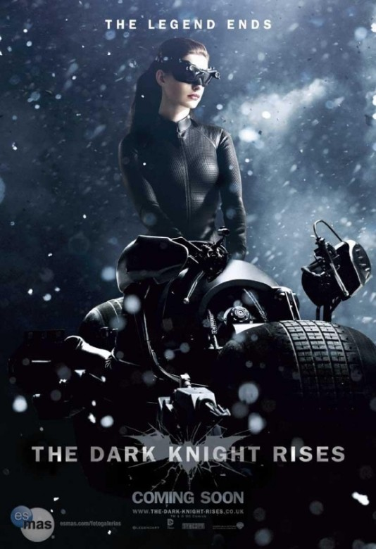 catwoman caballero oscuro la leyenda renace poster