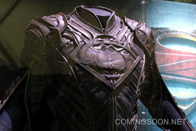 Licensing Expo 2012 man of steel jor el 4