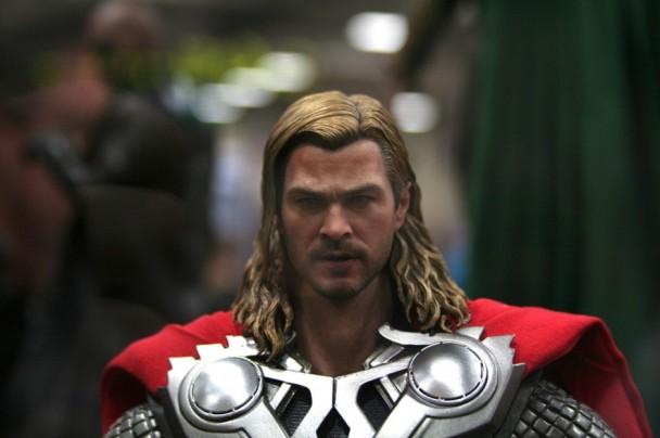 Avengers Hot Toys 13