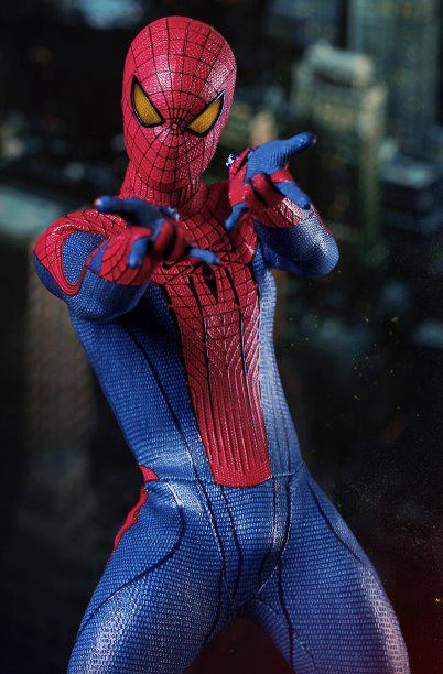 Hot Toys - The-Amazing Spider-Man-