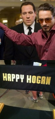 Jon Favreu como Happy Hogan
