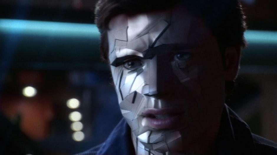 Tom Welling caracterizado como Bizarro en 'Smallville'