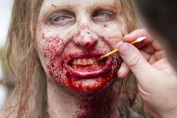 behind the scenes of the walking dead 20