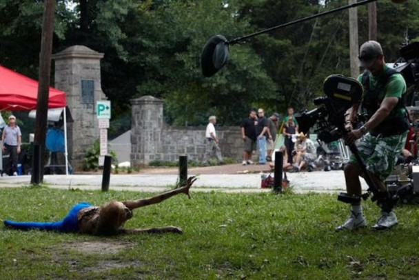 behind the scenes of the walking dead 21