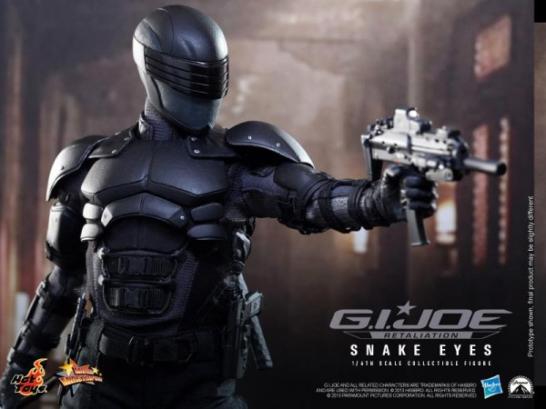 snake eyes hot toys collectible