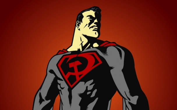 """Superman: Hijo Rojo"" Guion de Mark Millar y dibujos de Dave Johnson y Kilian Plunkett"