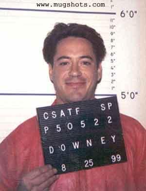 http://www.lacasadeel.net/wp-content/uploads/2013/04/Robert-Downey-Jr1.jpg
