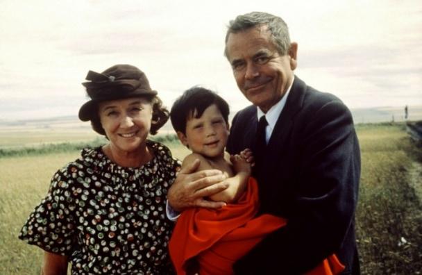 Glenn Ford y Phyllis Thaxter en Superman: The Movie