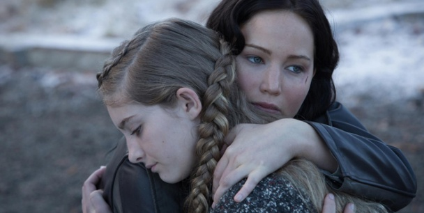 the hunger games catching fire katniss prim banner