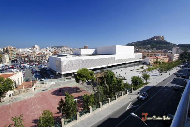 Panorámica del Auditorio de la Diputación de Alicante para las galas del festival