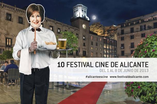 Concha Velasco nos sirve unas tapas en un cartel publicitario del festival