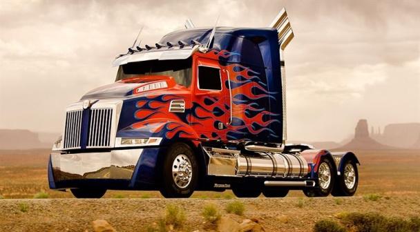Optimus Prime camión