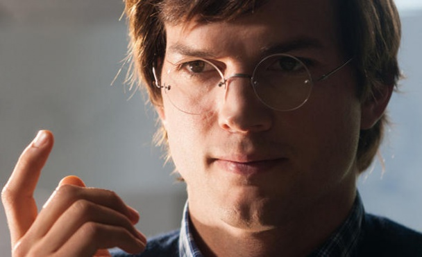 Primer trailer de Jobs ashton kutcher