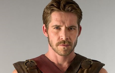 Sean Maguire será el nuevo Robin Hood
