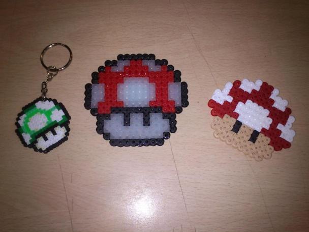 Llavero de una seta de Super Mario y sus hermanas