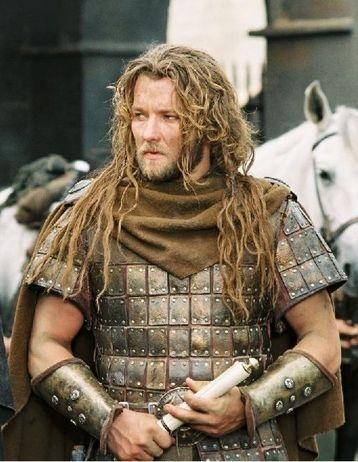 """Aquí en un fotograma de """"El Rey Arturo"""", de 2004. El cine de épocas le sienta bastante bien. ¿Cómo se verá entonces como Ramsés II?"""
