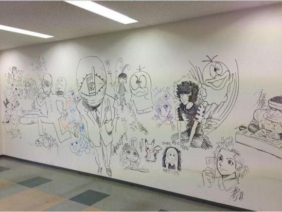 Personajes muy cononidos adornan las galerías del edifico