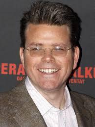 Este señor tan sonriente se encargará de la quinta parte de una de las sagas de acción más exitosas del cine