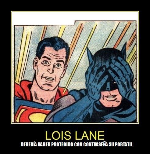 BATMAN-Y-SUPERMAN-ESPIAN-EL-ORDENADOR-DE-LOIS