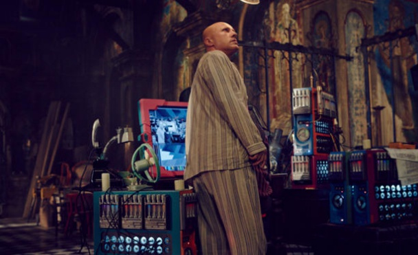 Primer-clip-de-The-Zero-Theorem