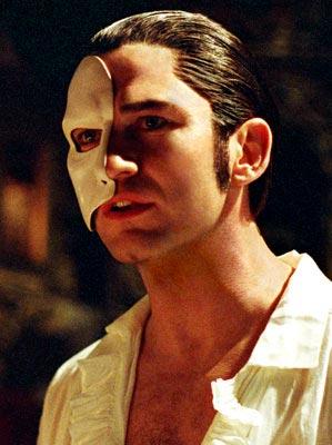 Butler encarnó al Fantasma de la Ópera en 2004