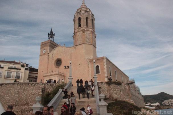 La ciudad catalana se entrega por completo al festival