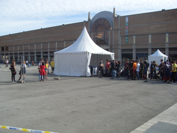 Acceso al recinto del XIX Salón del Manga