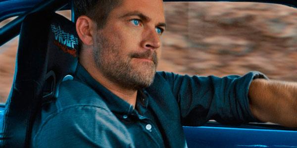 Paul Walker conduciendo