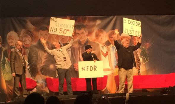 Los Doctores protestan por el especial 50 aniversario