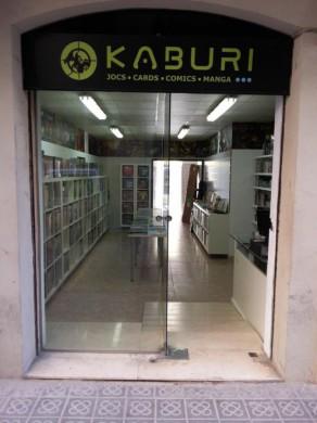 Entrada de Kaburi en Sants