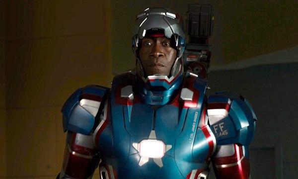 """Don Cheadle como Máquina de Guerra en """"Iron Man 3"""""""
