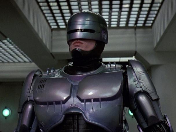 Versión final de RoboCop, interpretado por Peter Weller