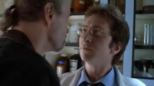 Frank Miller haciendo un cameo en RoboCop 2