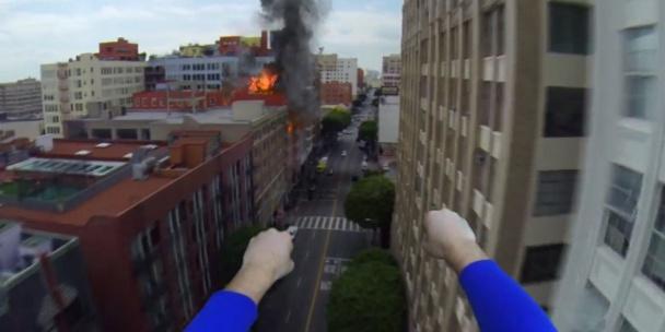 Superman con una GoPro