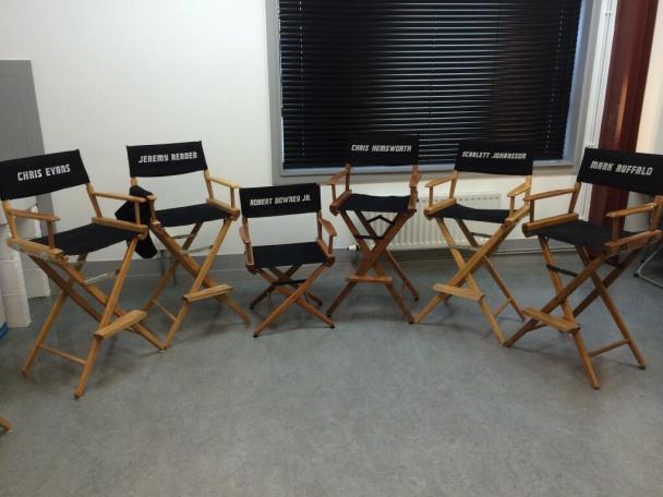 Avengers-2-sillas-del-rodaje
