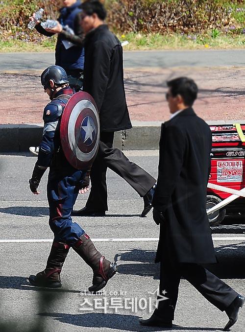 capitan america avengers 2 11