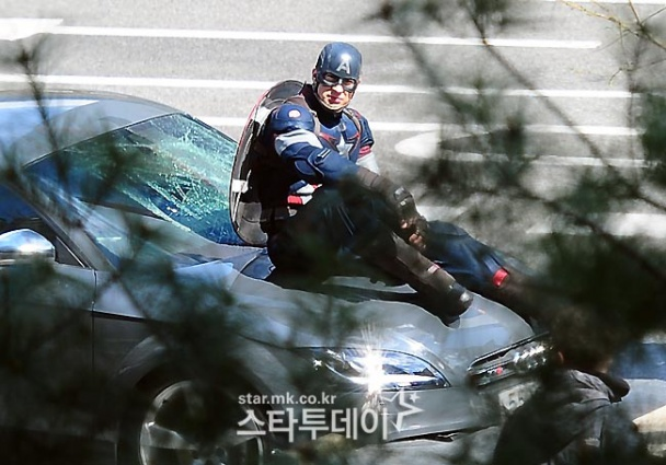 capitan america avengers 2 8