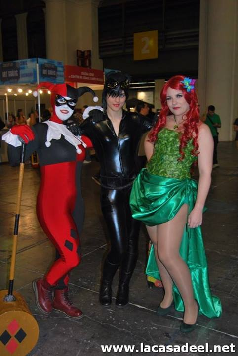 Cosplayers Harley Quinn Catwoman Hiedra Venenosa Salón del Cómic de Barcelona