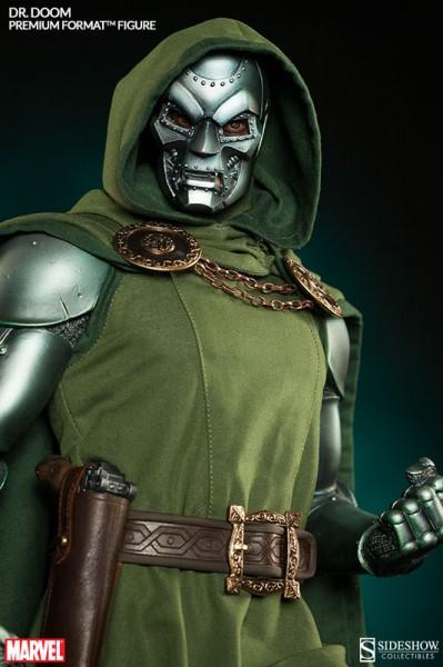 Dr Doom traje tela