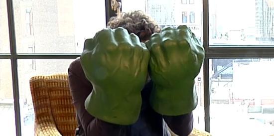 Mark_Ruffalo_Avengers_Hulk_Hands