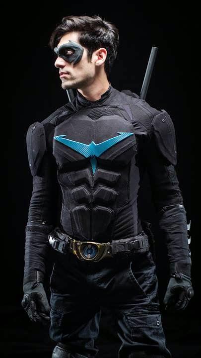 Cosplay Nightwing 2