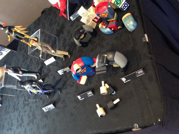 SDCC juguetes madera DC Collectibles