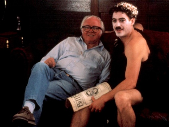 richard attenborough y robert downey jr chaplin