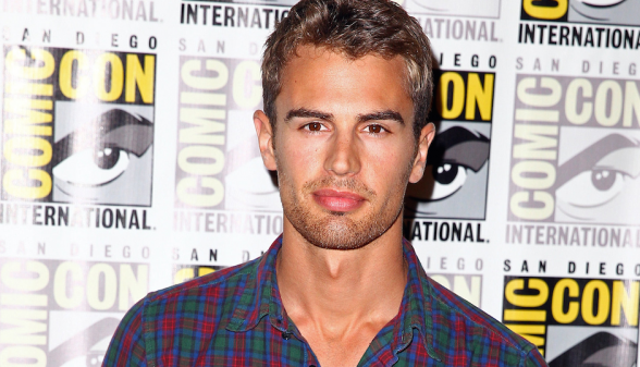 Theo James - Comic Con