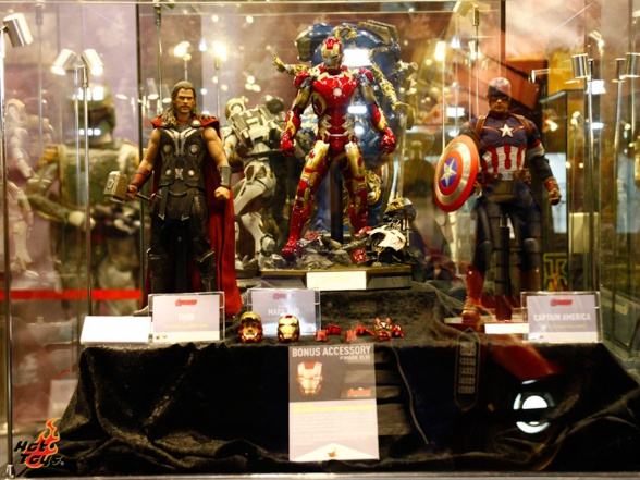 hot toys at toy soul 2014 06