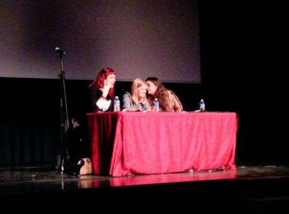 Silvia Schettin, Nina Allan y Sofía Rhei